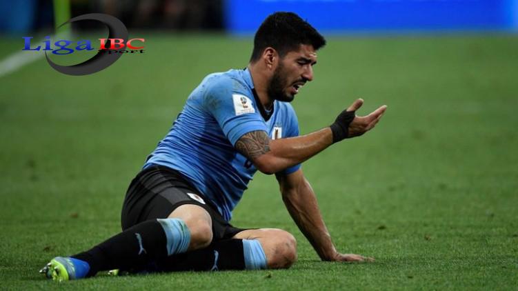 Luis Suarez Cedera Di Sesi Latihan Uruguay